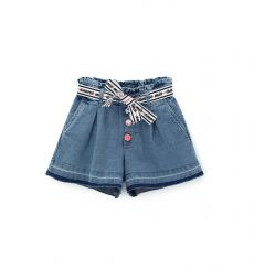 SHORT DENIM WITH POCKETS AND PENCES IN FRONT