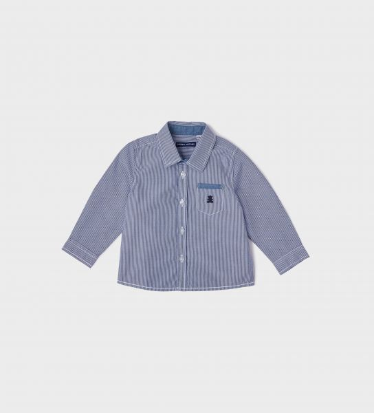 Shirt with a pocket