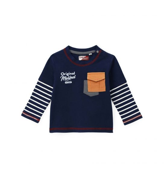 T-SHIRT WITH PRINTS AND DOUBLE POCKET