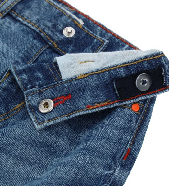 BERMUDA IN DENIM 5 POCKETS AND PATCHES