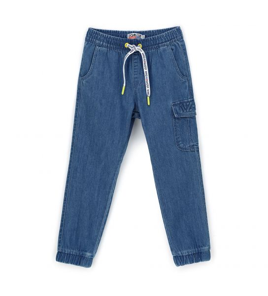 CARGO POCKET DENIM JEANS WITH RELIEF PRINT