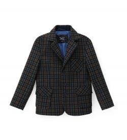 3-BUTTON JACKET AND REVER COLLAR